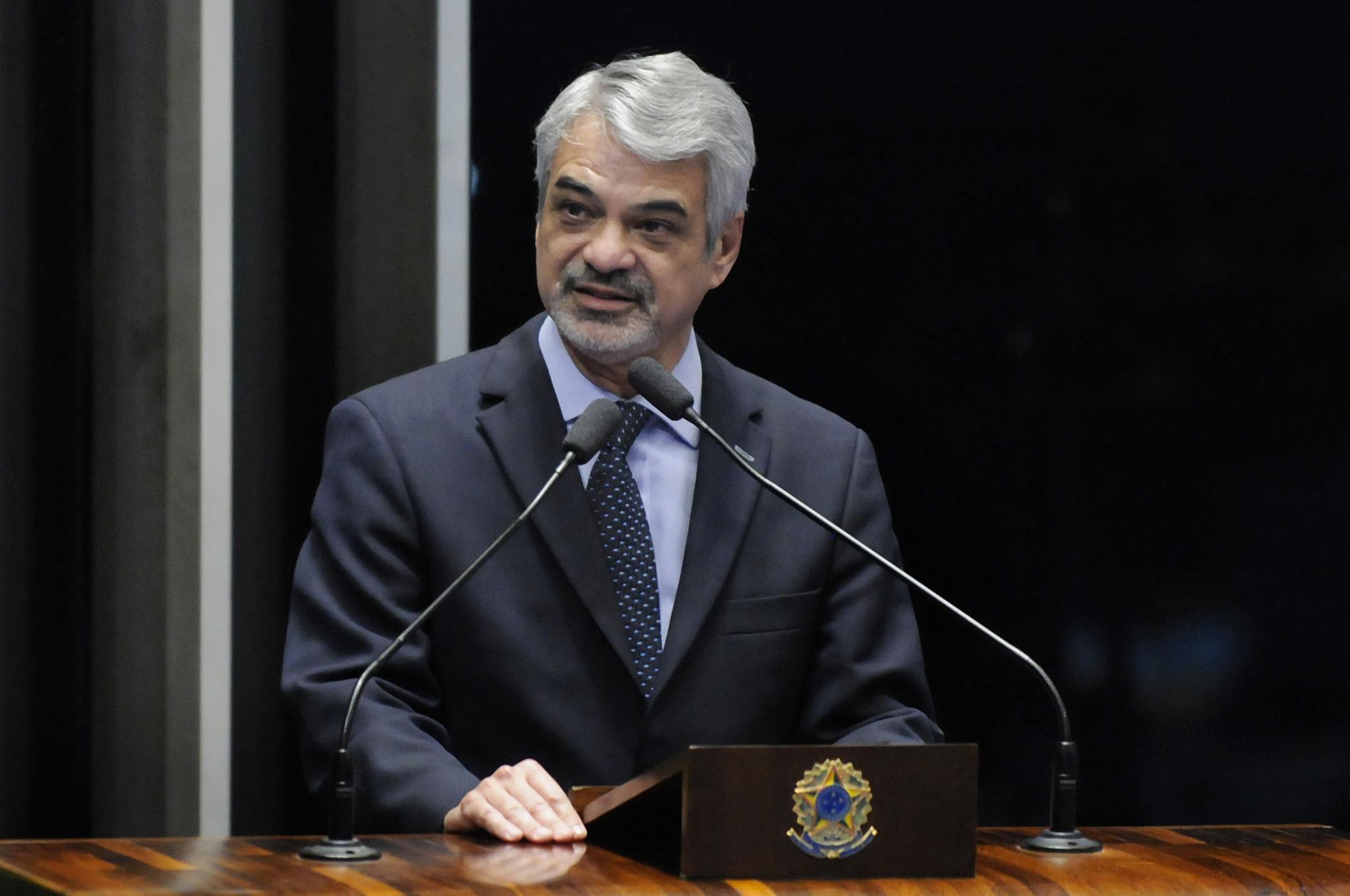 Para Humberto, é importantíssimo fortalecer essas entidades. Foto: Alessandro Dantas/ Liderança do PT no Senado