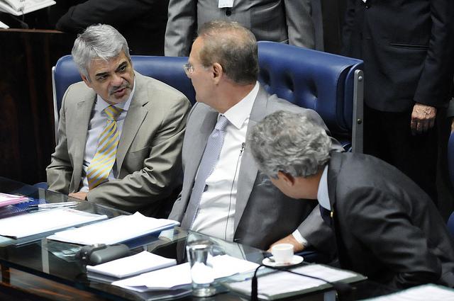 Líder do Governo afirma que presidenta foi sensível aos apelos recebidos para liberação da substância. Foto: Alessandro Dantas/ Liderança do PT no Senado