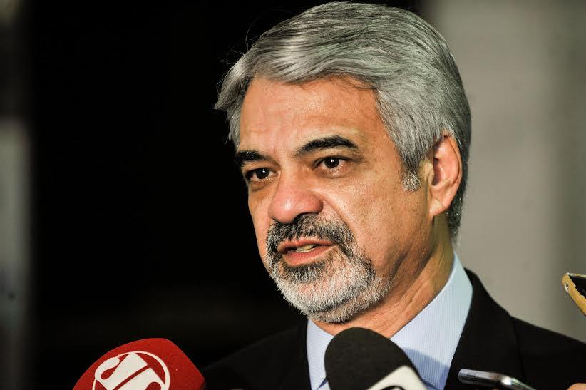 Humberto: Essa gestão, mesmo provisória, tem vocação de coveiro. Foto: Alessandro Dantas/ Liderança do PT no Senado