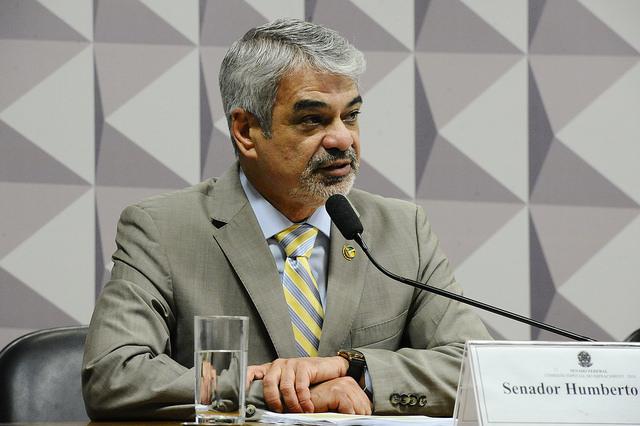 Humberto: senadores poderão fazer história se enterrarem processo de impeachment maculado por Cunha. Foto: Agência Senado