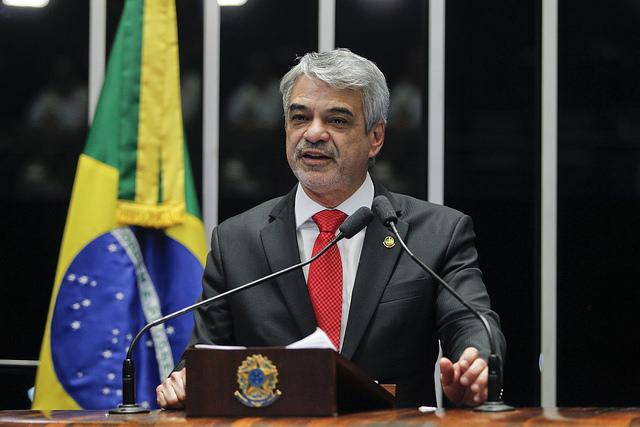 Humberto critica impeachment sem crime de responsabilidade. Foto: Beto Barata/Agência Senado