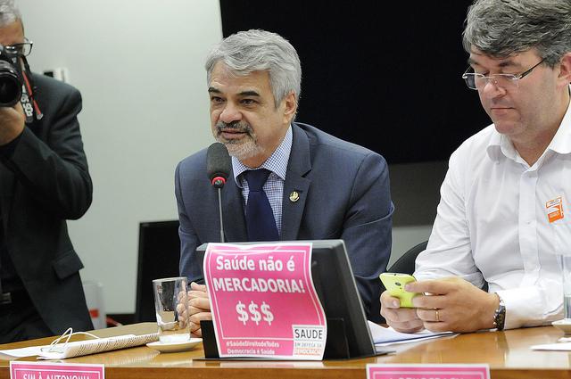 Para Humberto, a PEC vem destruir com várias das nossas conquistas sociais. Foto: Alessandro Dantas/ Liderança do PT no Senado.