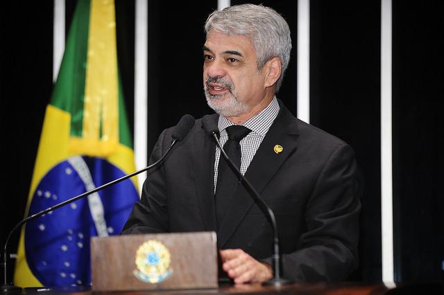 Humberto critica medidas econômicas tomadas por Temer. Foto: Waldemir Barreto/ Agência Senado