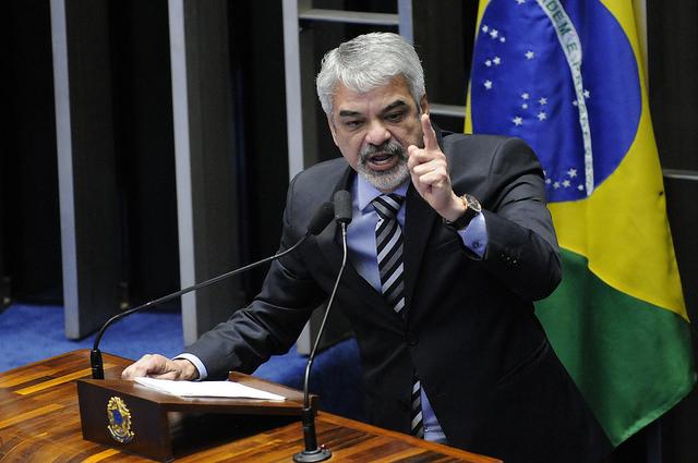 Para líder do PT, Senado pronunciou presidenta afastada sem provas de crime. Foto: Alessandro Dantas/ Liderança do PT no Senado