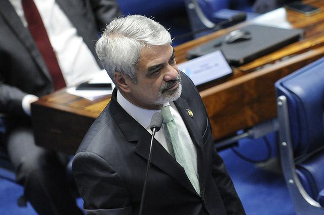 Humberto:  Não vamos transformar o Senado na Câmara dos Deputados, que protagonizou um circo de horrores na sessão de abertura do impeachment. Foto: Alessandro Dantas/ Liderança do PT no Senado