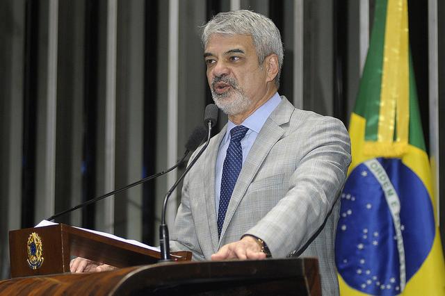 Líder do PT afirma que impeachment de Dilma perde força diante da denúncia contra interino. Foto: Alessandro Dantas/ Liderança do PT