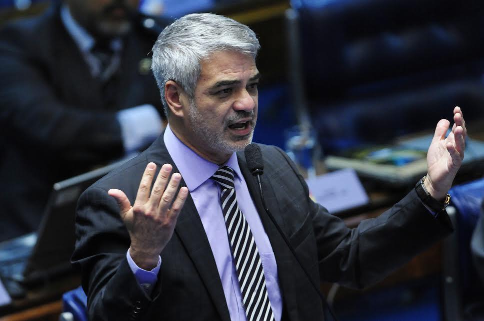 Para Humberto, essa é uma MP extremamente importante para a população mais carente. Foto: Alessandro Dantas/ Liderança do PT no Senado