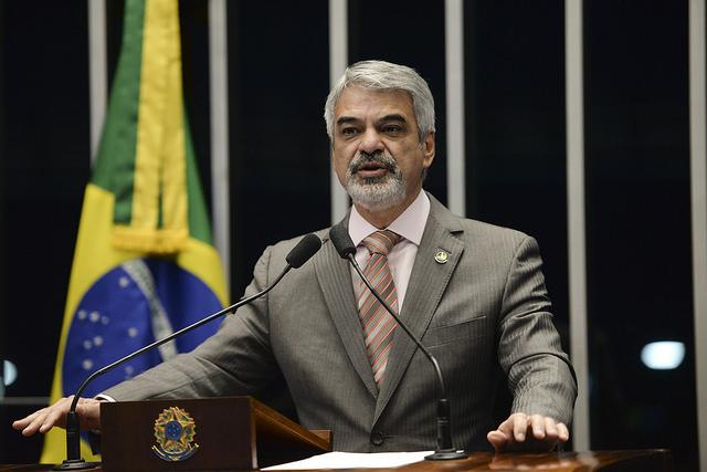 Humberto critica procuradores do Ministério Público Federal de Curitiba. Foto:  Jefferson Rudy/Agência Senado