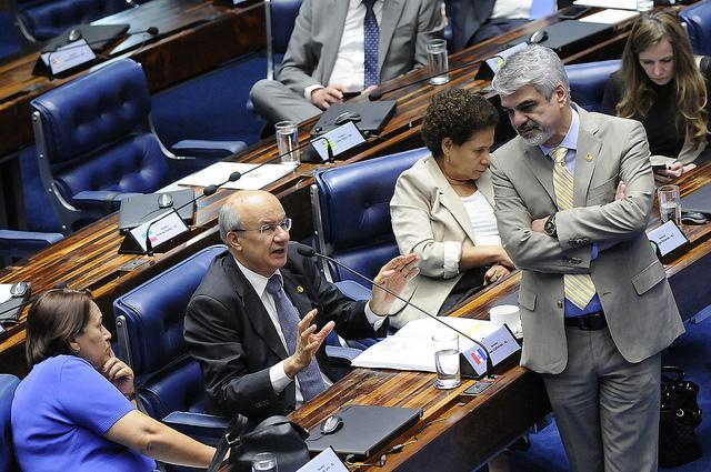 Líder do PT articulou para restituir projeto original do Senado que aumenta penas contra tráfico de seres humanos. Foto: Alessandro Dantas/ Liderança do PT no Senado.