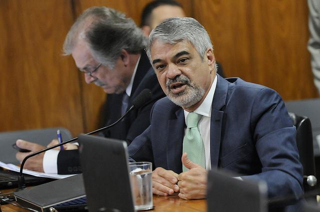 Para Humberto, o pacote de Temer é injusto e nocivo para a região Nordeste. Foto: Alessandro Dantas/ Liderança do PT no Senado