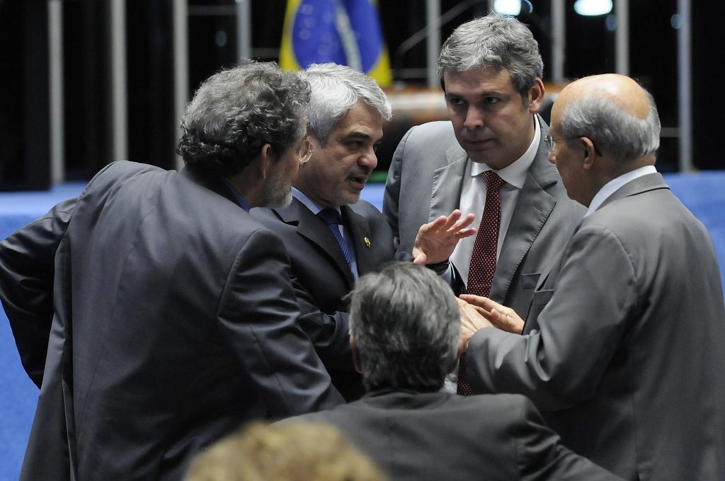 Para o líder do PT, a manobra defendida por integrantes da base de Temer vai contra os interesses da população. Foto: Alessandro Dantas/ Liderança do PT no Senado