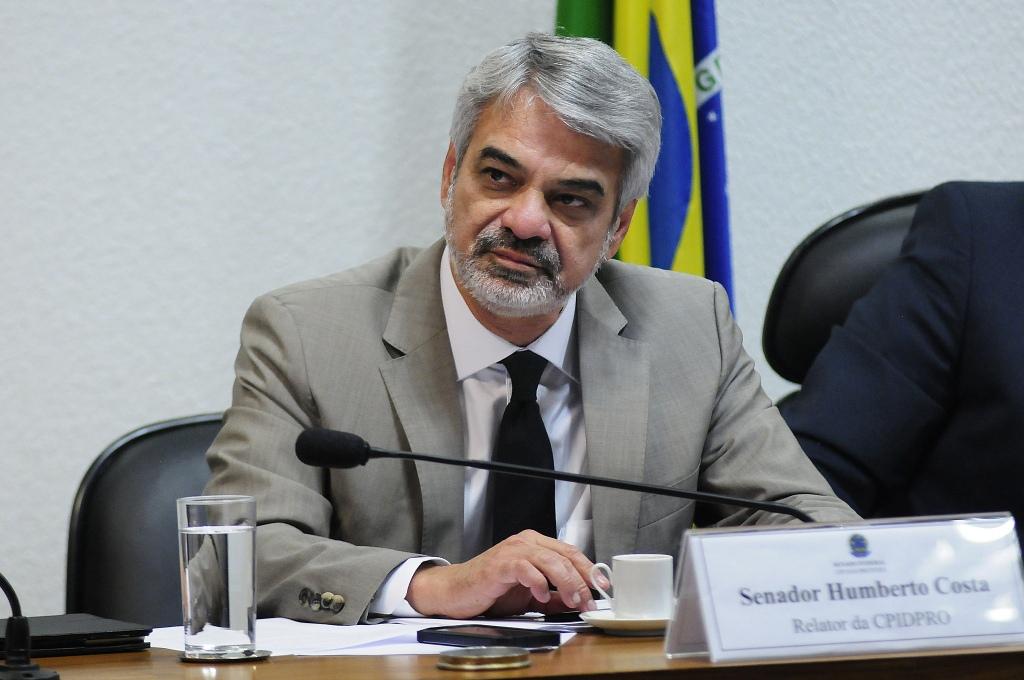 Para Humberto, o governo Temer só oferece arrocho no bolso do trabalhador brasileiro. Foto: Alessandro Dantas/ Liderança do PT no Senado