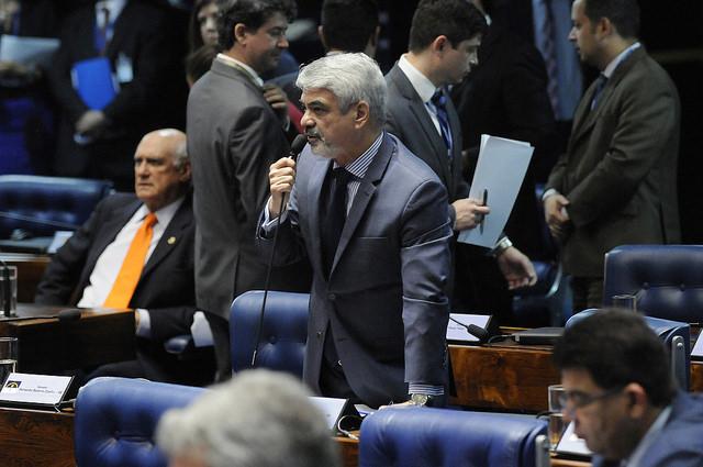 Humberto: A nossa representação proporcional advém dos votos que o Partido dos Trabalhadores obteve em 2010 e em 2014. Foto: Alessandro Dantas/ Liderança do PT no Senado