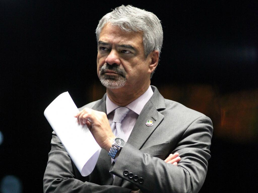 André Corrêa  Liderança do PT no Senado QUADRADA